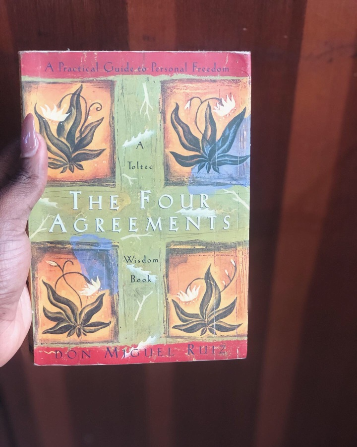 Book Review: The Four Agreements (#22/30)